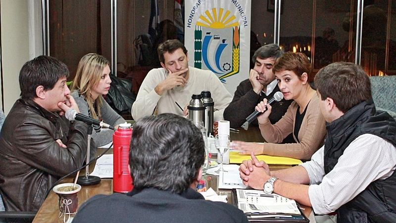 Los concejales se reunieron con la sub secretaria de Prevención CIudadana. FOTO Lisandro Carrobé.