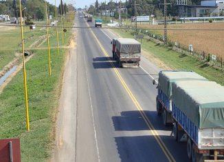 Estado de la ruta nacional 33 a la altura de Firmat.