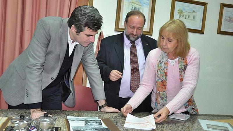 Maiorana y Freyre durante la reunión en la que se avanzó en la creación de un centro universitario regional. FOTO MVT.