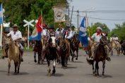 Paseo gaucho en homenaje al Día de la tradición