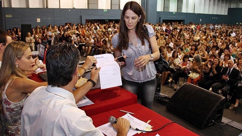 Convocan a concurso docente firmat24 for Concurso docentes