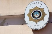 Detuvieron a dos adolescentes acusados de robar una cartera