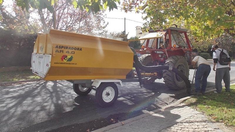 Trabajos para la semana firmat24 - Aspiradora de hojas ...