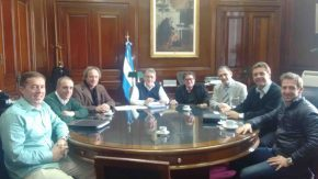 Maximino acompañó a los concesionarios que gerencian Vassalli Fabril en importante reunión