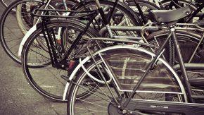 Encontraron en una cuneta una bicicleta que había sido robada un día antes