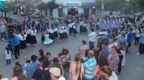 31° Fiesta de la Tradición:  Desfiles por las calles de la ciudad y espectáculo folclórico