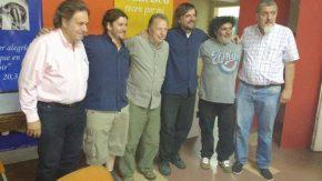 Julio Eggimann junto al padre Pepe Di Paola por la emergencia pública en adicciones