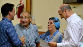 Enrico y Álvarez asistieron a un Centro de Jubilados: Salvador Fosco, un espacio donde los abuelos disfrutan la vida