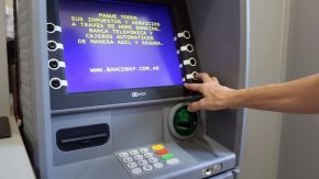 Ordenaron la prisión preventiva de una mujer por el  delito de defraudación con tarjetas de débito