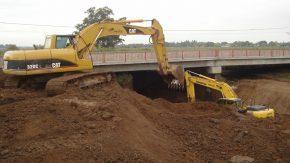 La provincia ejecuta un plan de obras en el departamento General López para reducir los riesgos de inundaciones
