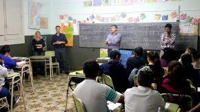 Capacitarán alumnos para la creación y desarrollo de emprendimientos