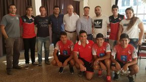 El club Independiente renueva la instalación eléctrica de su estadio