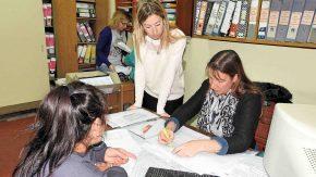Asesoran a familias para que puedan obtener la escritura de su vivienda en el marco de la LeyNacional Nro. 24.374