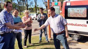 Lisandro Enrico entregó una nueva ambulancia al SAMCO de Murphy