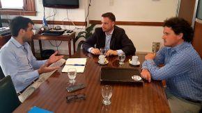 El senador Enrico visitó el Ministerio de Agroindustria de la nación y solicitó ayuda para localidades y productores con problemas hídricos