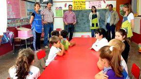 El senador Enrico considera esencial la función de los jardines en el crecimiento de los niños