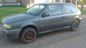 Firmat: hallaron un auto robado
