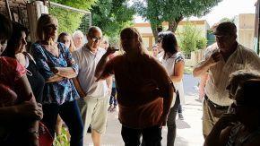 El senador Enrico visitó a vecinos firmatenses que reclaman protección y justicia