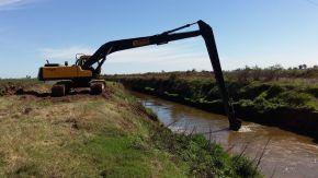 Profundizan el plan integral de obras hídricas en el departamento General López