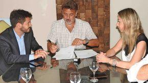 El intendente Maximino firmó el convenio para la puesta en marcha del Centro Territorial de Denuncias