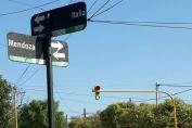 Comenzaron a funcionar los semáforos de Italia y B. Roldán