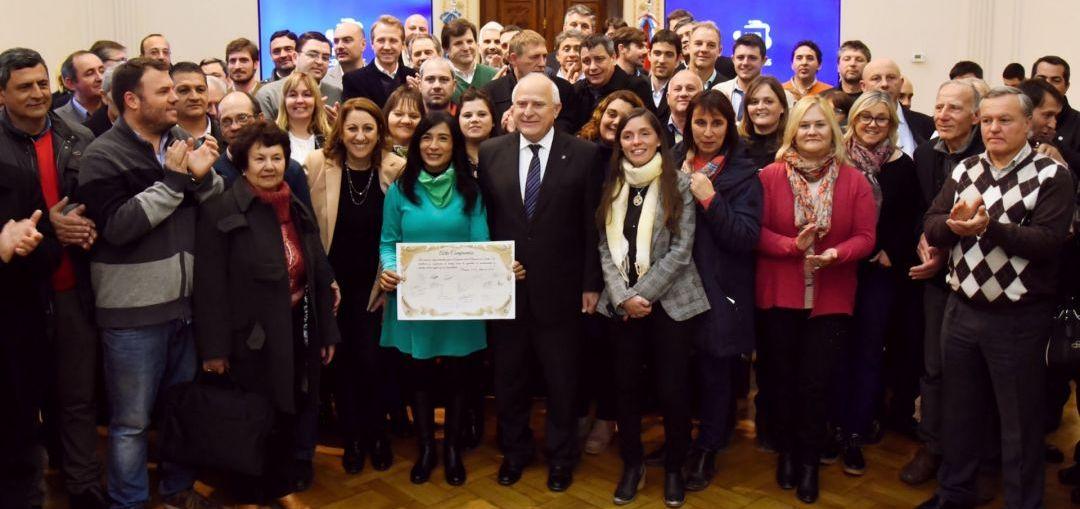12 localidades de la región recibirán aportes provinciales para crear o fortalecer el área de la mujer