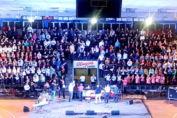 Una multitud de vecinos participó del primer encuentro departamental de coros