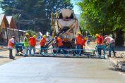 Enrico anuncia gestiones para que todas las localidades de General López accedan a la pavimentación urbana
